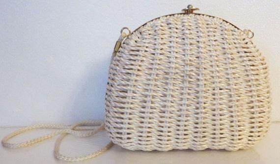 Vtg Wicker Handbag with Gold Tone Trim