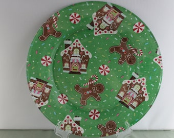 Gingerbread Christmas Decorative Plate