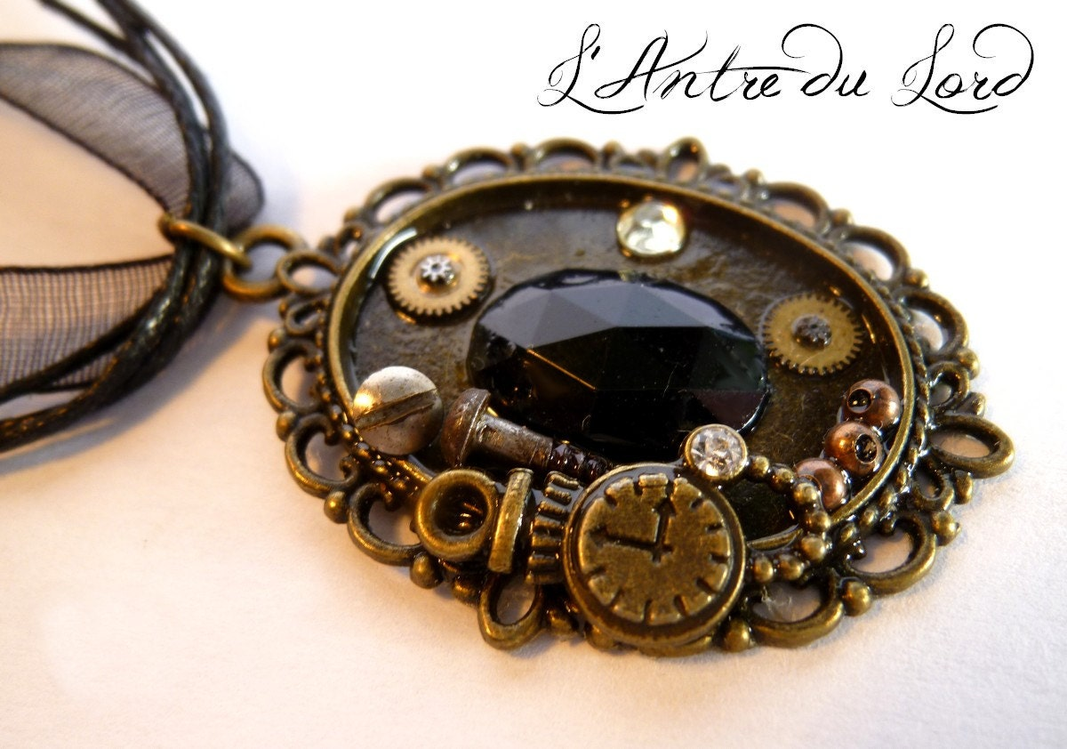 """Collar short black leather and organza """"My precious"""" cord steampunk buy now online"""