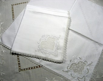 Antique Italian linen dinner napkins embroidered napkins with filet lace 1920s 6 napkins