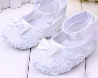 White crib shoe 6-12 months