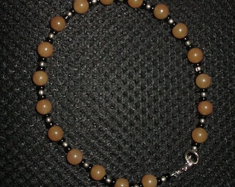 Bracelet-tan jade with black opal beads
