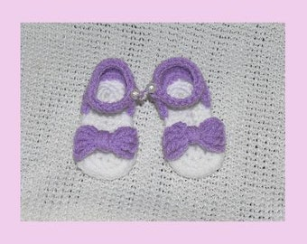 Newborn Baby Crocheted Mauve/White Double Soled Bow Sandal (7cm Sole)