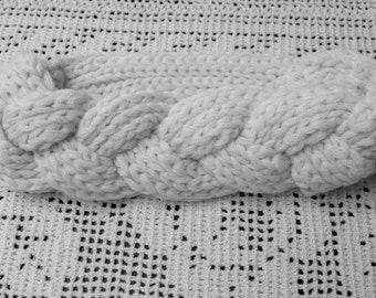 White Cable Knitted Women's Headband, Fashion Accessory, Knitted Turban, Ear Warmer, Woman's Headwrap, Knitted Hair Wrap, Winter Headband