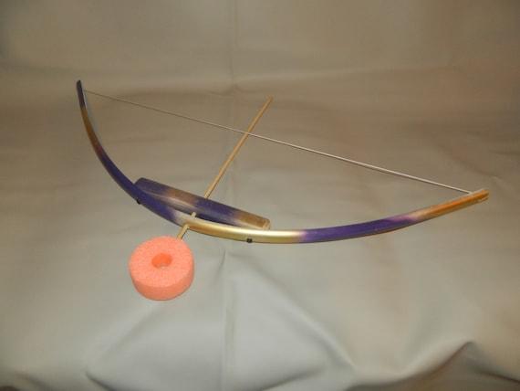 Purple gold kids bow w 3 foam arrows pvc and wooden bow foam for Kids pvc bow