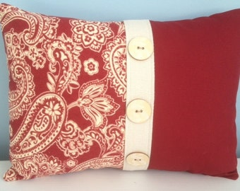 French country pillow cover. Red and ivory paisley. Country cottage. 12x16 lumbar decorator pillow. Toss pillow. Holiday pillow.