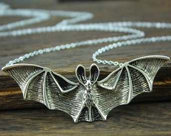 antique silver bat man necklace bat jewelry Vampire necklace halloween gift N8A