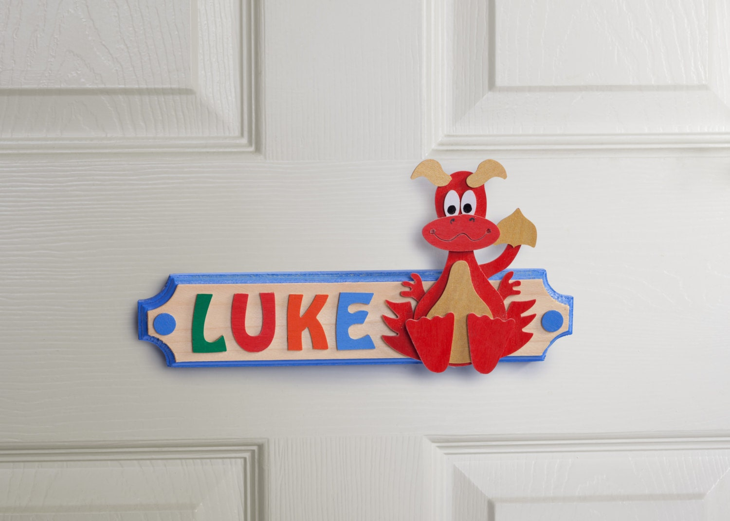 ?zoom & Dragon Personalised Name Plaque Wooden Door Sign with Rainbow pezcame.com