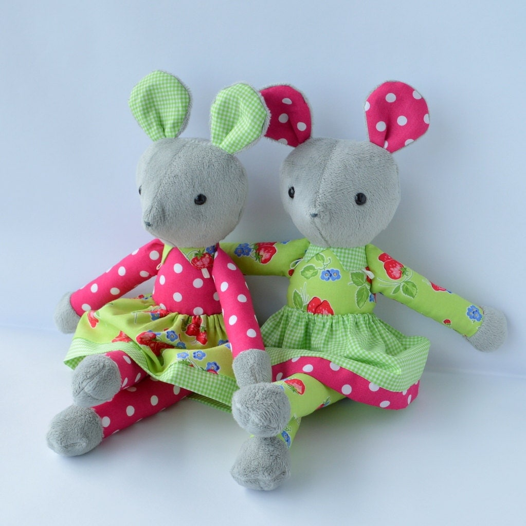 Soft Toy Patterns : Pdf sewing pattern mouse soft toy stuffed doll plushie