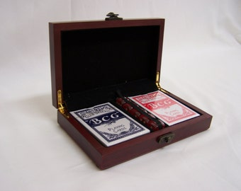 Personalized Poker Gift Set Engraved Card Set, Game Set, Poker, Poker Cards, Custom Poker Set Wedding Gift , Groomsmen and Bridesmaids