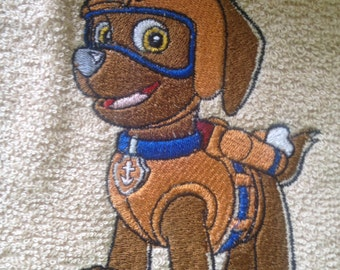 Cute Aviator Puppy Hand or Bath Towels. Choices of Characters in my other listings.  Can be Personalized!