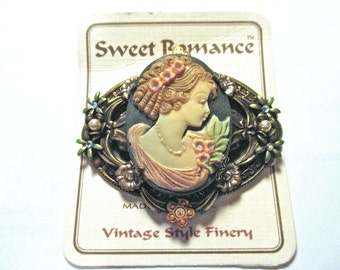 Vintage Sweet Romance New on Card Cameo Brooch Shelly Cooper