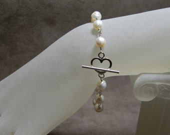 """White Freshwater Pearl Sterling Silver Bracelet with Heart Toggle Clasp - 7 1/2"""""""