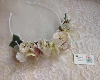 Floral Bridal Hair Band, Wedding Hair Band, Flower Hair Band, Wedding Hair Accessories, Bridal Hair Accessories, White Lace Hair Band