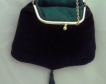 Green Velveteen Shoulder Purse - Renaissance - Victorian