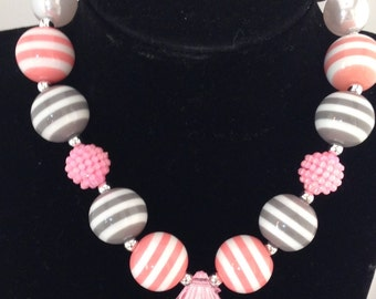 Pretty in pink bubblegum chunky girls necklace