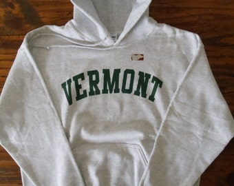 Vermont Hooded Sweatshirt on Ash Gray Hoodie with Green Arch - UVM University of Vermont  Burlington Hoodie - Vermont Hoodie - VT sweatshirt