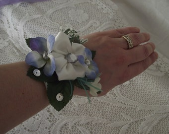Bracelet corsage for wedding or graduation ball, blue and white