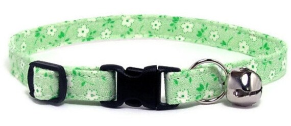 Cute Cat Collar - Tiny White Flowers on Green - Breakaway Safety Cute Fancy Cat Kitten Collar