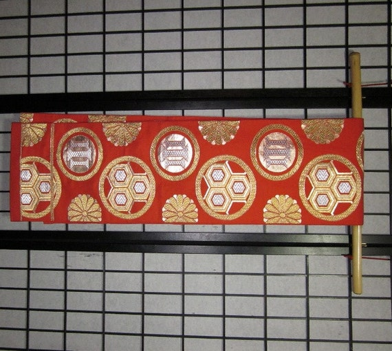 natural obi bamboo display rod hanger for japanese obi sashes. Black Bedroom Furniture Sets. Home Design Ideas