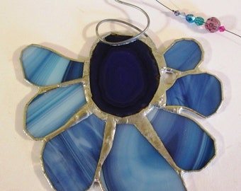 Swirler - Lovely Stained Glass Flower Suncatcher with Agate Centerpiece