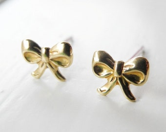 Bow Stud Earrings,Romantic Jewelry,Golden Brass Ribbon Earrings,Tiny Bow Earrings,Bow Jewelry,Hypoallergenic Earring Studs (E226)