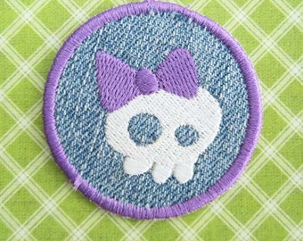 Iron Patch Skull Girl Embroidered Applique Badge Sew Sewing Biker Bow Pirate Purple Denim Punk Small Patches White Cute Halloween Cartoon
