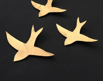 Gold metallic wall art Modern ceramic wall decor sculpture Mixed Media Gold birds 3 Swallows Decorative art tiles Wall hanging art objects