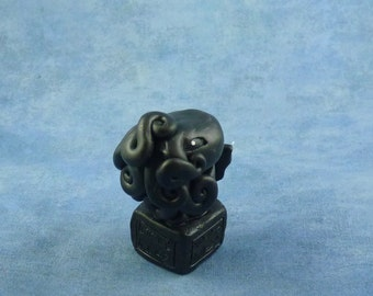 Black Cthulhu Figure with Base - Original Polymer Clay Sculpture