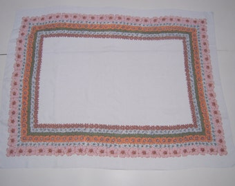 Vintage Tablecloth Daisies in Fall Colors