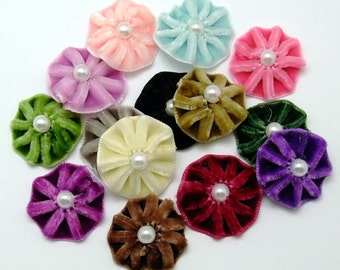 Pleated Velvet flower blooms (14 colour options) - 6 pcs