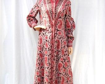 70s Batik Maxi Dress size Medium Tall
