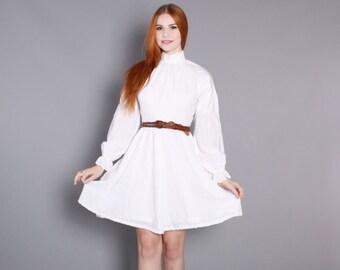 70s WHITE Eyelet MINI DRESS / 1970s Full Skirt Feminine Cotton Dress
