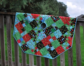 Quilted Christmas Tree Skirt Happy Happy Christmas octagonal 51 inches wedding gift Quiltsy Handmade