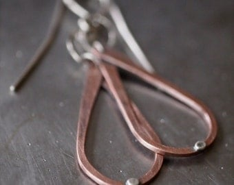 Small lightweight hammered copper teardrop and fine silver drop earrings