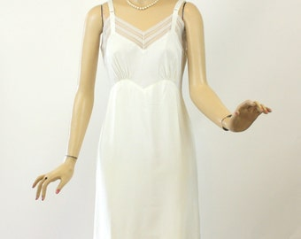 Vintage 40s Full Slip Corette of Fairette White Crepe slip w Lots of Lace Size 36