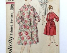 Vintage Sewing Pattern Women's 50's Partially Uncut, Simplicity 3216, Robe (L-XL)