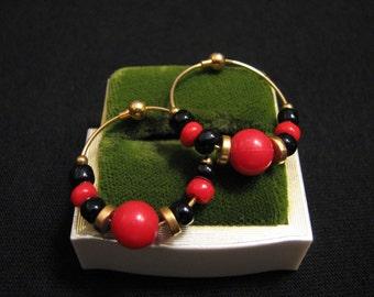 Vintage Gold Tone Red and Black Glass Beaded Hoop Pierced Earrings