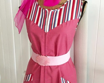Darling Vintage Pinky Red 1950's Chore - House Dress -- Zipper Front Size M
