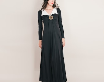 Black Maxi Dress - Vintage Gothic Pilgrim Medallion Dress - 1970s Jersey Dress - S / M
