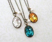 Vintage style Oval Swarovski Crystal brass necklace, Oval Stone pendant necklace, dainty vintage bridesmaid necklace, rustic countryside