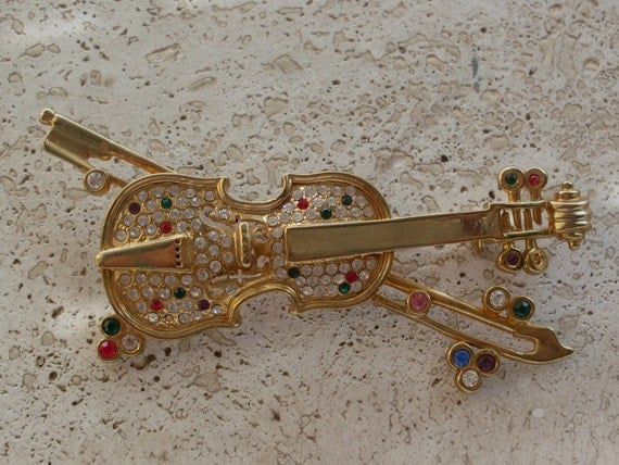 Unique and Rare Vintage bright  large figural  Cello Brooch - Italian vintage 1970  dazzling crystals on golden set -art.115-