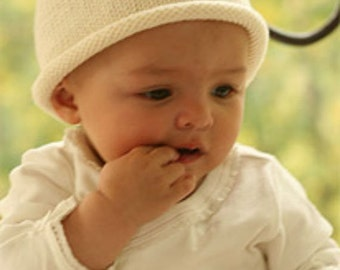 Knit baby hat Unisex baby hat Hand knit Merino wool Baby beanie Newborn to 18 months Off white Baby shower gift Photo prop Children clothing