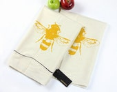 Pair of Eco-Friendly Flour Sack Tea Towels With Yellow Bee Print - Housewares - Eco-Friendly
