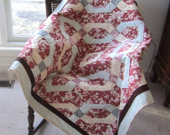 """Patchwork Quilt """"My Pink Irish Rose"""" Celtic Knot Design, Lap Throw, Quiltsy Handmade, Quilted Blanket"""