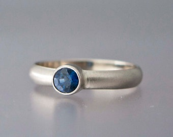 Blue Sapphire Engagement Ring - 14k Gold half round wedding band - 3mm Wide Band with 4mm Round Sapphire