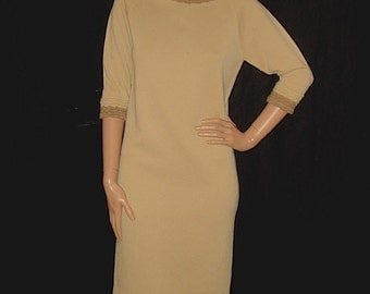 Vintage 1960s Beige Italian Wool Knit Dress / Mod 60s Cadllac Knit Sheath Dress Sz XS S
