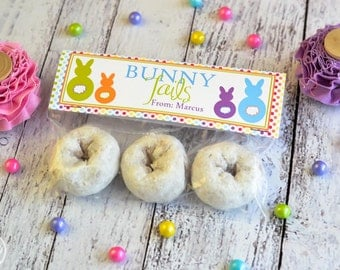 Bunny Tail Treat Bag Topper / Easter Bunny Tail Treat Bag Toppers / Easter Treat Bag Toppers / Spring Treat Topper / Bunny Tails Treat Bag