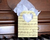 SALE Music Heart Handled Gift Bags, vintage look, sets of 25