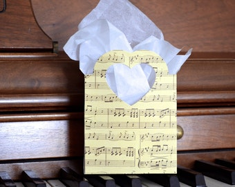 Music Heart Handled Gift Bags, vintage look